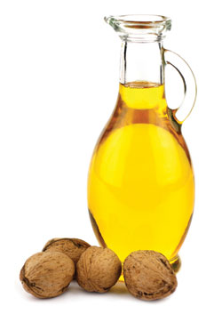 Healthy Oils Improve Good Cholesterol, Image: kellyreekolibry /Shutterstock.com