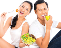U.S. Adults Not Eating Healthy, Image:  Kzenon /Shutterstock.com